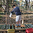 遊具/廃材と竹のローラーボード