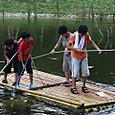 子供水場/竹の筏
