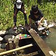 水場に水汲み水車